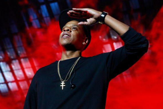 Jay-Z Shows Love for Colin Kaepernick