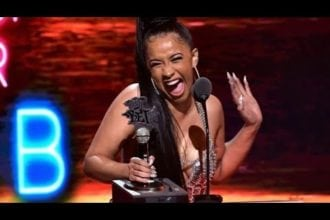 cardi b reacts to winning a bet award