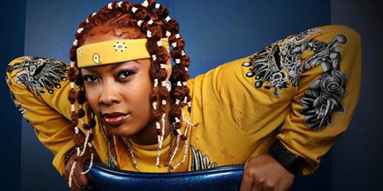 female rapper da brat