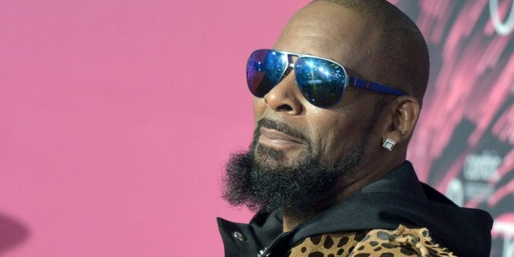 Singer R Kelly Arrested Today On Sexual Abuse Charges