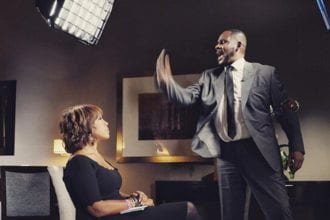 R Kelly Breaks Silence In Explosive Interview With Gayle King
