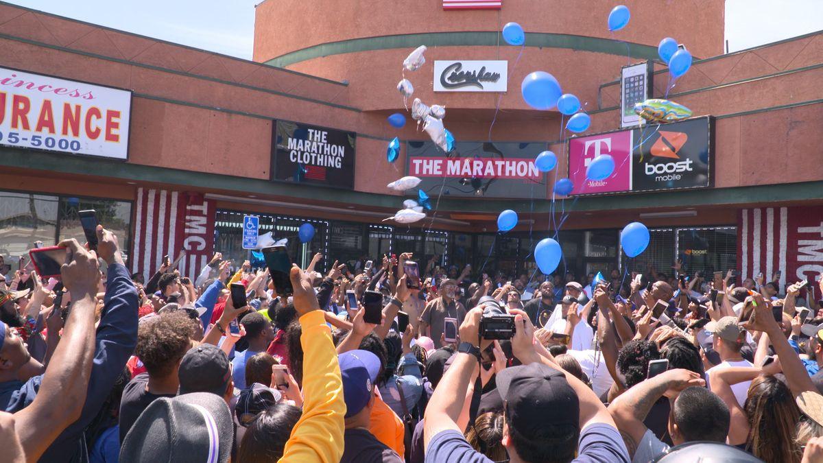marathon clothing store closed