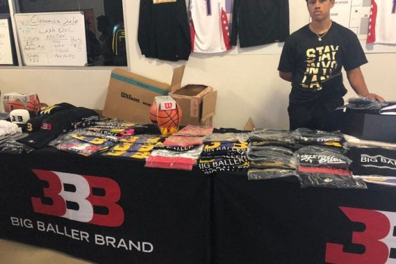 Lavar Ball's Apparel 3BB On Life Support