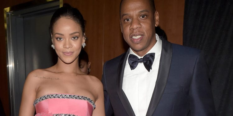 Does Rihanna Disagrees With Jay Z NFL Deal