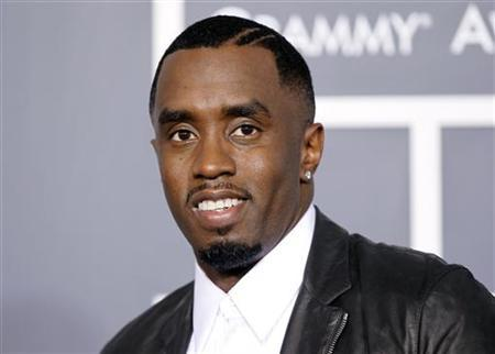 Diddy Receives Pre-Grammy Award!!!!!