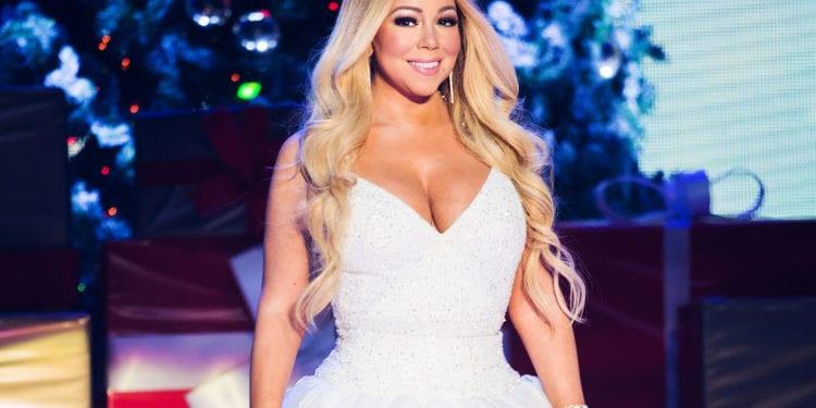 Mariah Carey Makes History!!!!!