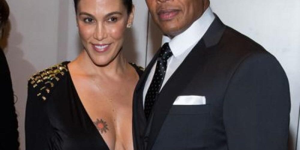 Dr Dre's Wife Files For Divorce!!!!!